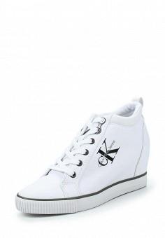 Кеды на танкетке, Calvin Klein Jeans, цвет: белый. Артикул: CA939AWLLH33. Женская обувь / Кроссовки и кеды
