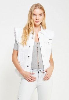 Жилет джинсовый, Calvin Klein Jeans, цвет: белый. Артикул: CA939EWQQN27. Женская одежда / Верхняя одежда / Жилеты